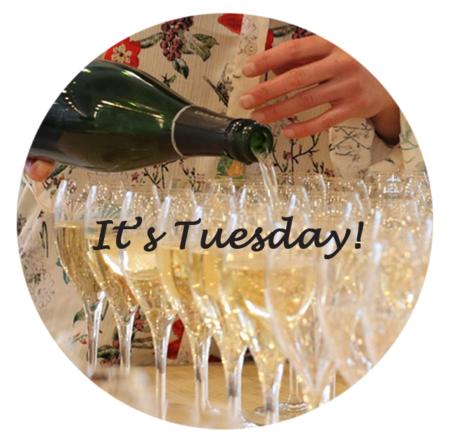 Champagnesmagning,It's-Tuesday.KesterThomas